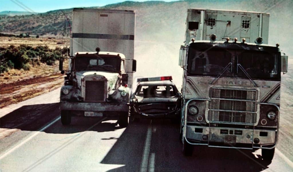 convoy police