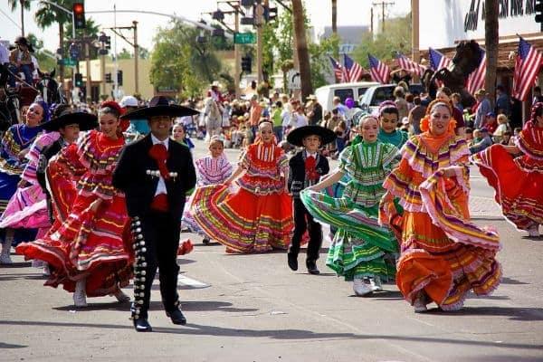 western heritage parata costumi messicani