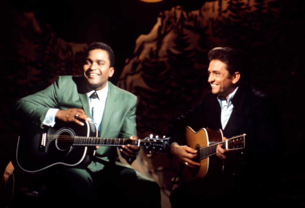 Charley Pride con Johnny Cash nel 1970